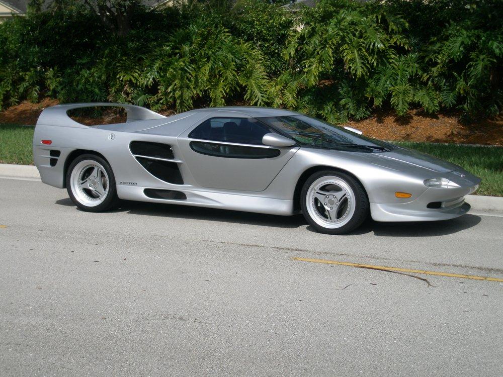 1999 Vector M12