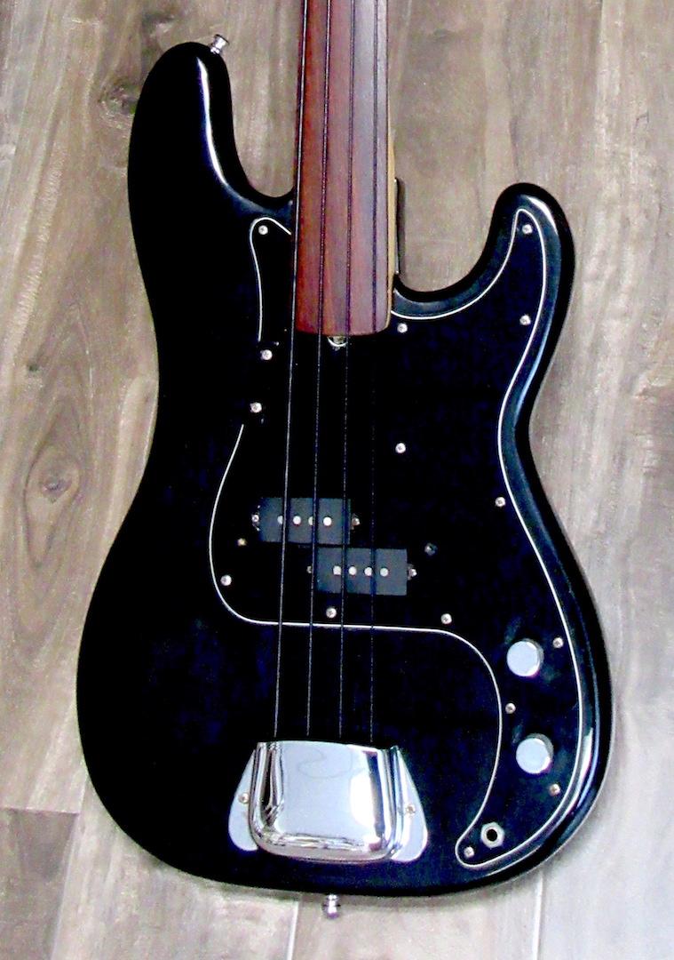 1978 fender precision fretless bass the guitar broker. Black Bedroom Furniture Sets. Home Design Ideas